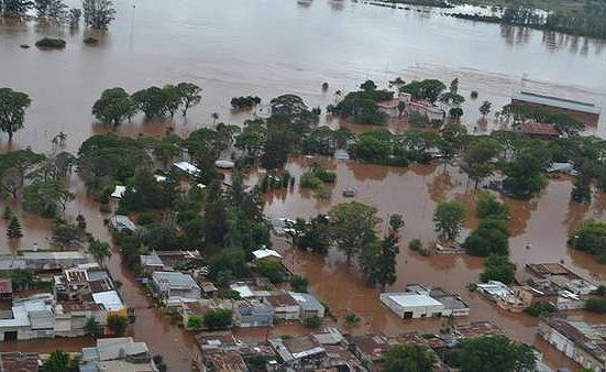 Inundaciones-Ciudad-Concordia-Municipalidad-Gentileza_CLAIMA20151225_0182_28
